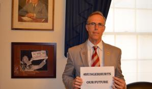 "Congressman Jared Huffman ""#HungerHurts our future"""